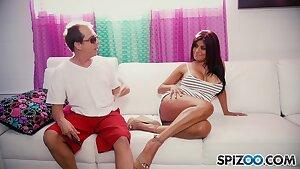 Gabby Quinteros - Loves Scott